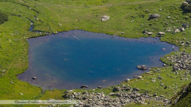Lacul Iezer