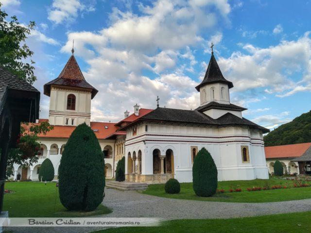 Manastirea Sambata