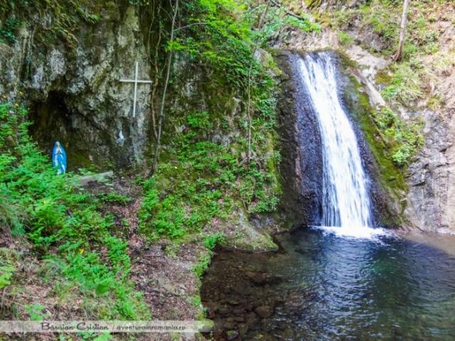 Cascada Fecioara Maria