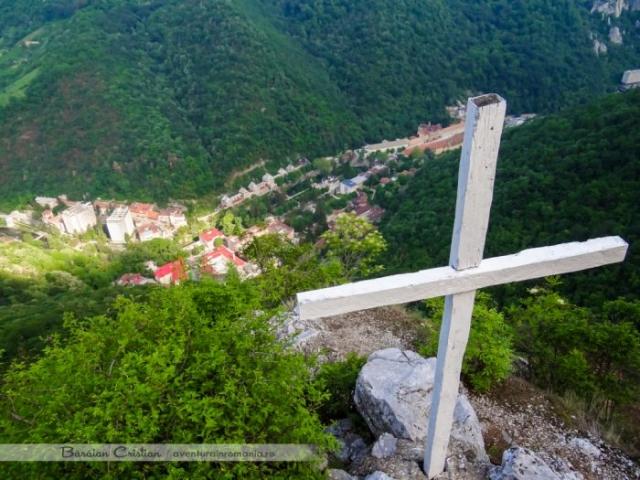 Crucea Alba Herculane