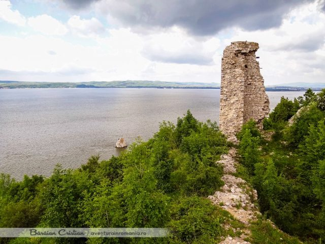 Cetatea Ladislau