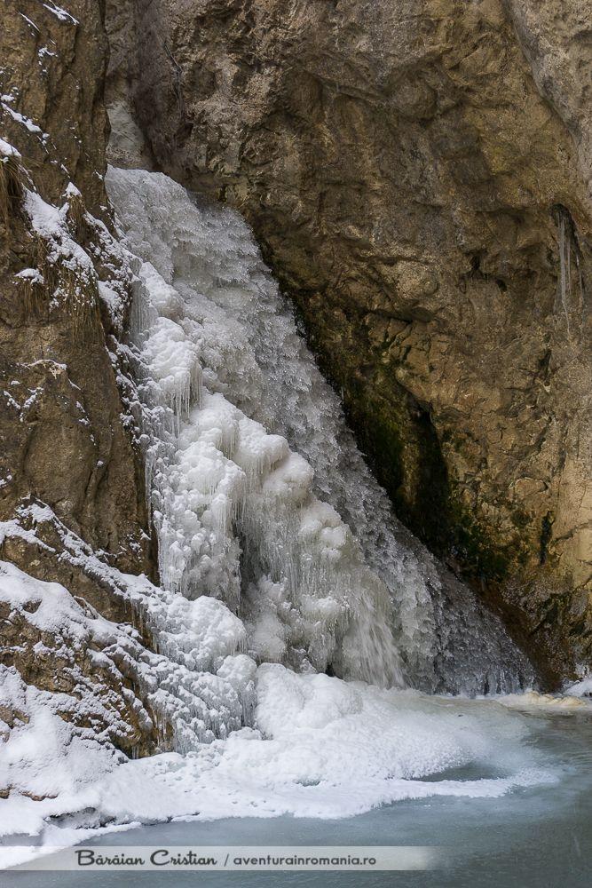 Cascada Cetii