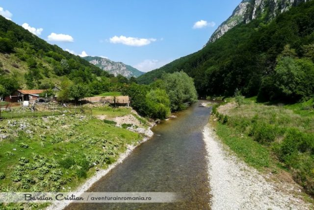 Valea Cernei